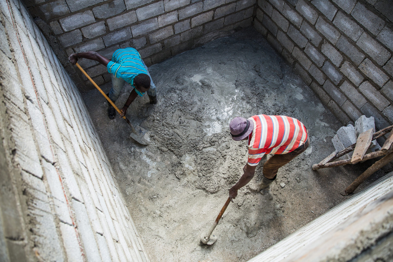 Plant With Purpose mobilizes community relief efforts in Haiti following Hurricane Matthieu.