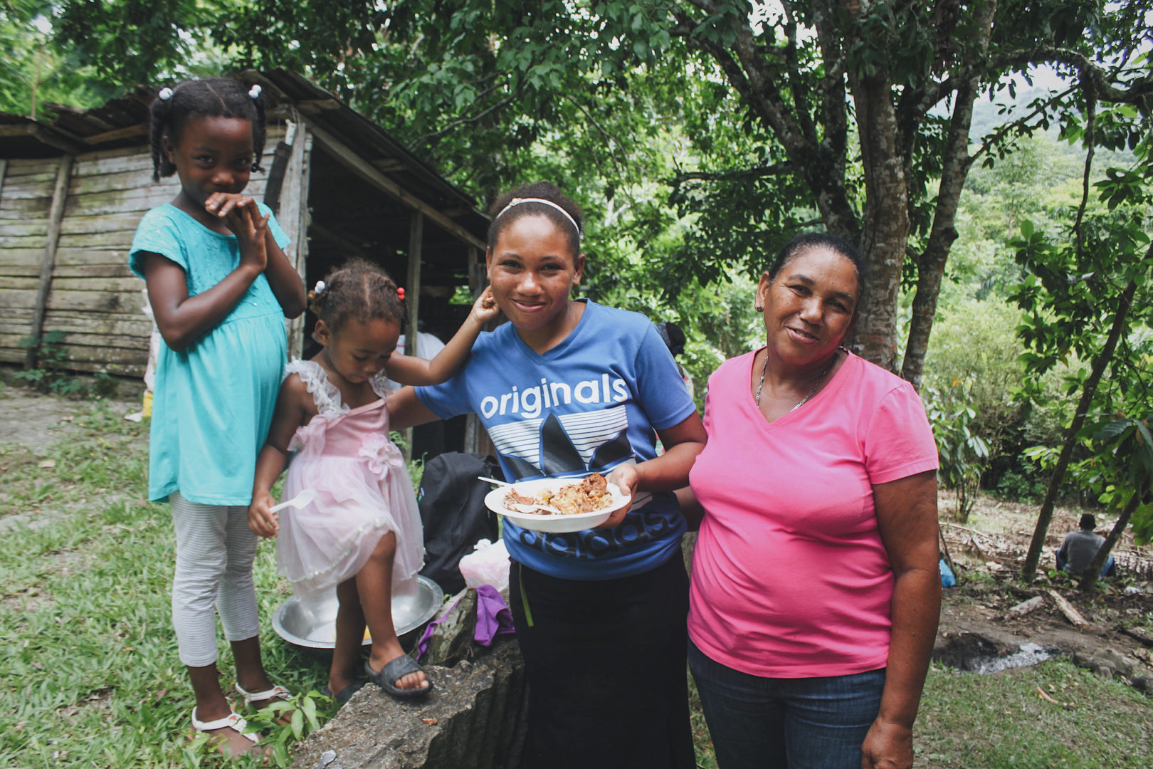 Three generations of women in the Dominican Republic have benefitted from sustainability.