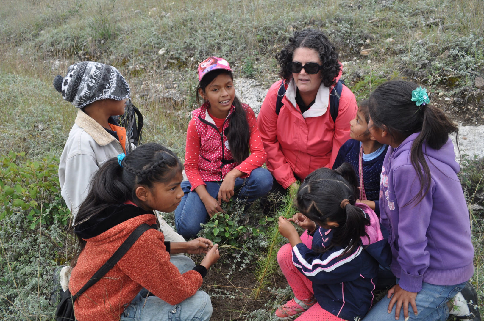 Visitors to our Oaxaca program connect with children from the area.