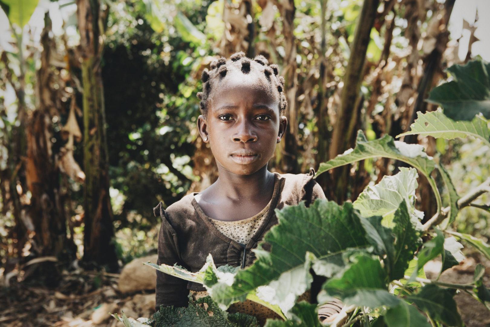 A young girl in the Kakumba watershed in DR Congo.
