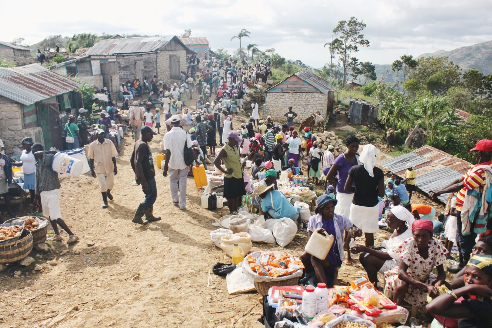 A marketplace in the Haitian border area
